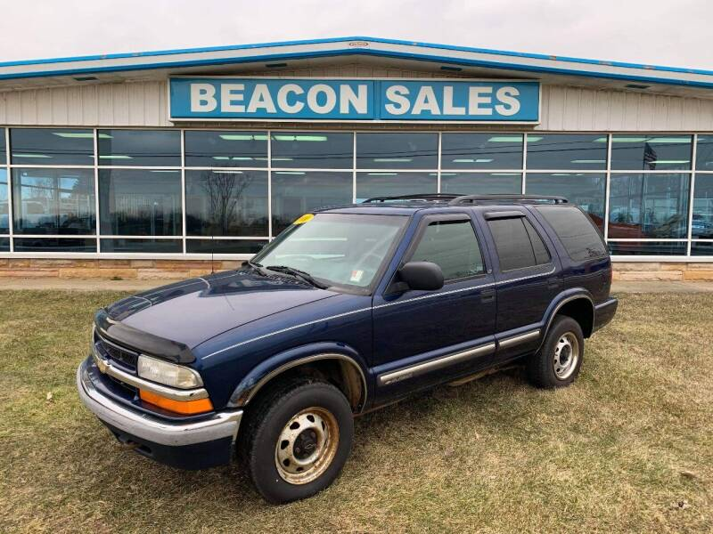 2000 Chevrolet Blazer for sale at BEACON SALES & SERVICE in Charlotte MI