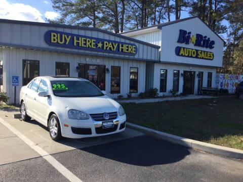 2006 Volkswagen Jetta for sale at Bi Rite Auto Sales in Seaford DE