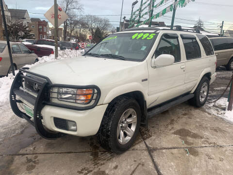 2004 Nissan Pathfinder for sale at Barnes Auto Group in Chicago IL