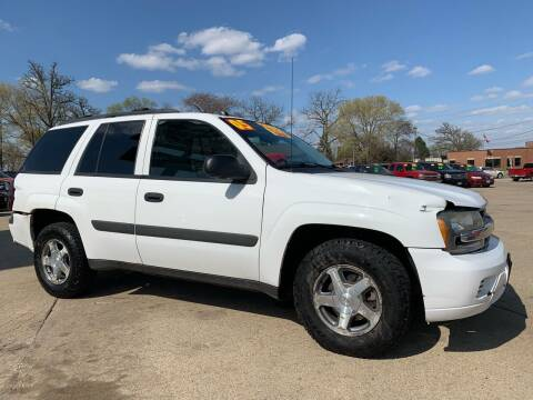 2005 Chevrolet TrailBlazer for sale at Victory Motors in Waterloo IA