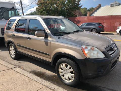 2005 Honda CR-V for sale at Deleon Mich Auto Sales in Yonkers NY
