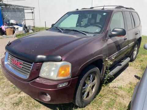 2005 GMC Envoy for sale at M-97 Auto Dealer in Roseville MI