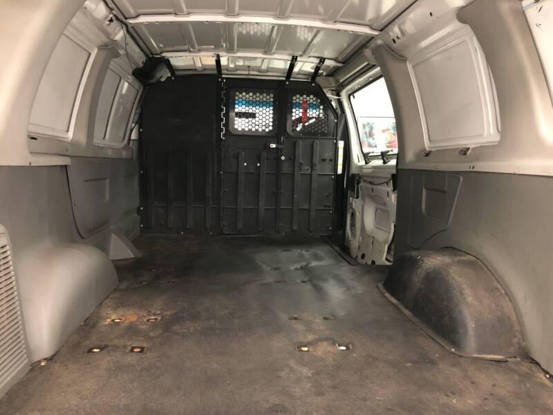 2006 Ford E-Series Cargo E-150 3dr Van - Phillipston MA