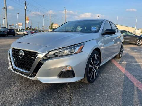 2020 Nissan Altima for sale at SOLID MOTORS LLC in Garland TX
