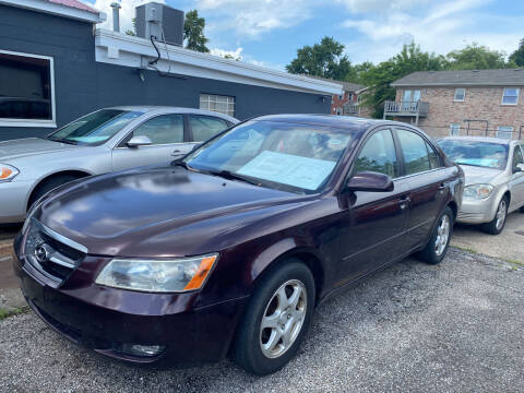 2006 Hyundai Sonata for sale at 4th Street Auto in Louisville KY