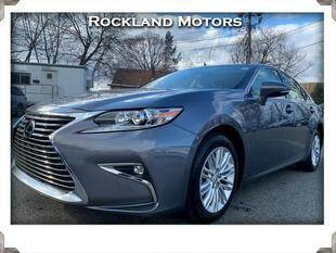 2017 Lexus ES 350 for sale at Rockland Automall - Rockland Motors in West Nyack NY