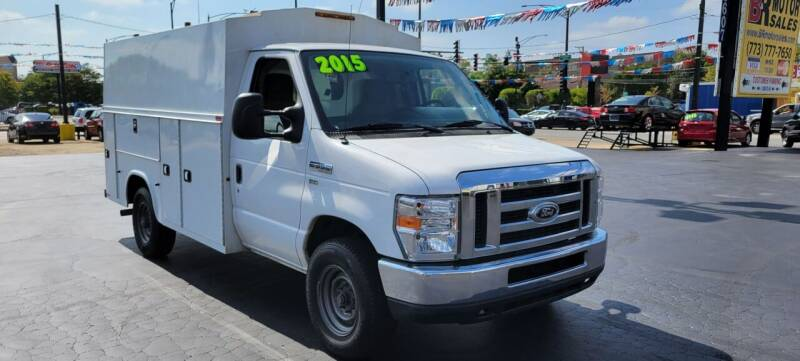 2015 Ford E-Series Chassis for sale in Chicago, IL