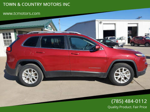 2014 Jeep Cherokee for sale at Town & Country Motors Inc. in Meriden KS