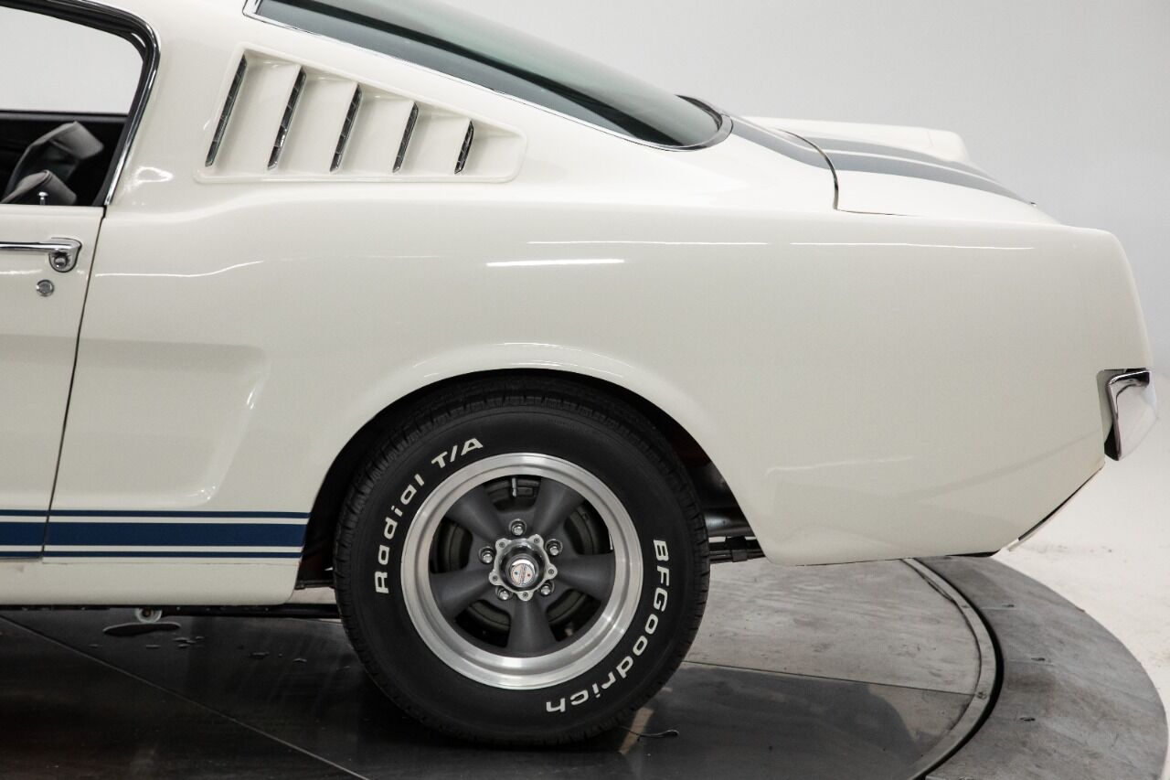1965 Ford Mustang 19