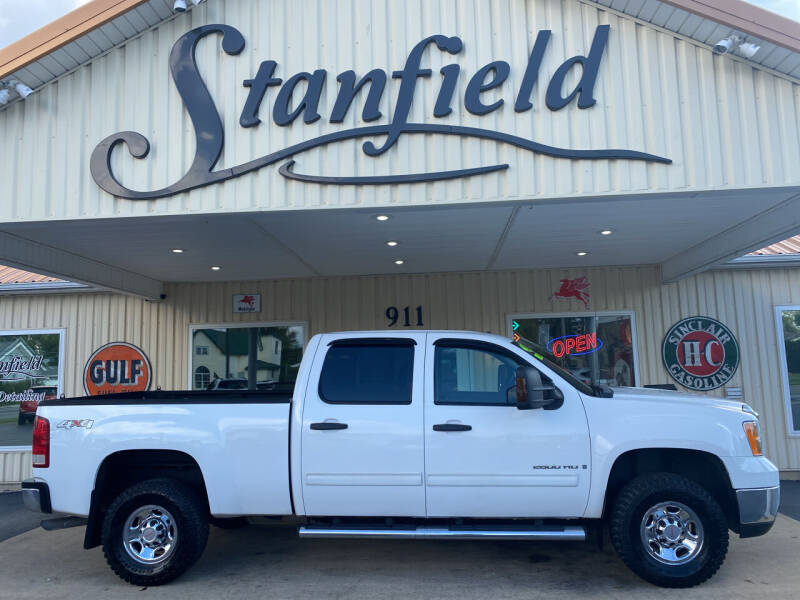 2009 GMC Sierra 2500HD for sale at Stanfield Auto Sales in Greenfield IN
