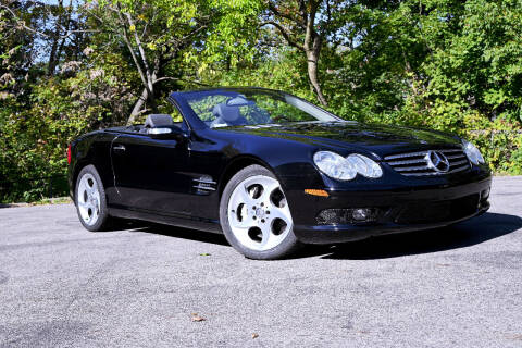2004 Mercedes-Benz SL-Class for sale at Bill Dovell Motor Car in Columbus OH