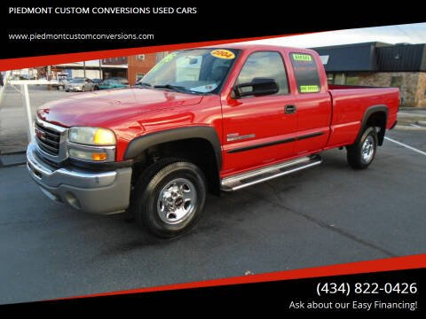 2004 GMC Sierra 2500HD for sale at PIEDMONT CUSTOM CONVERSIONS USED CARS in Danville VA