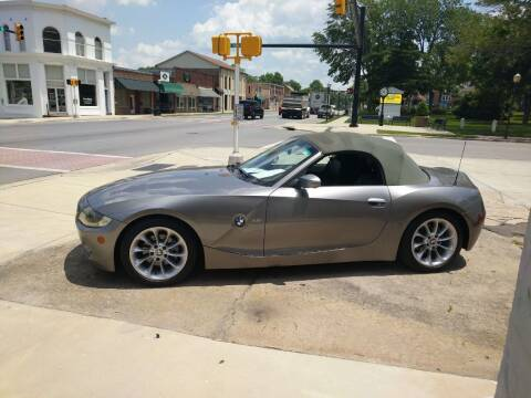 2005 BMW Z4 for sale at ROBINSON AUTO BROKERS in Dallas NC