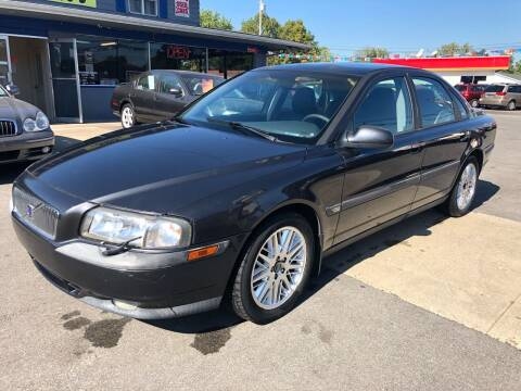 2000 Volvo S80 for sale at Wise Investments Auto Sales in Sellersburg IN