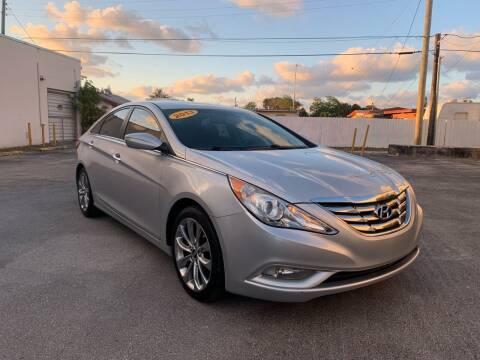 2013 Hyundai Sonata for sale at MIAMI FINE CARS & TRUCKS in Hialeah FL