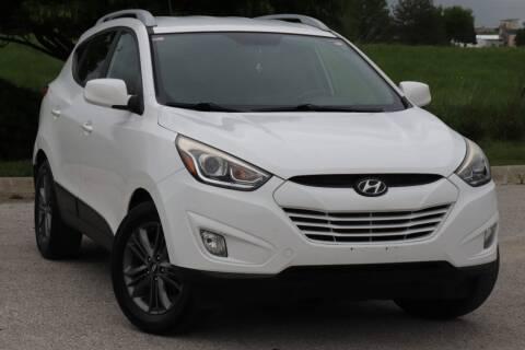2015 Hyundai Tucson for sale at Big O Auto LLC in Omaha NE