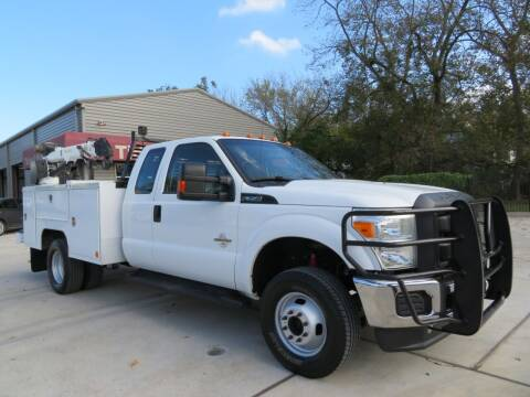 2014 Ford F-350 Super Duty for sale at TIDWELL MOTOR in Houston TX