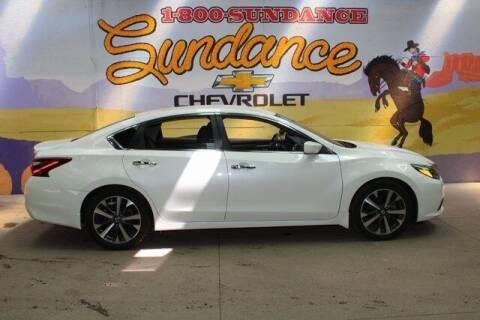 2017 Nissan Altima for sale at Sundance Chevrolet in Grand Ledge MI