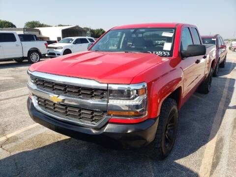 2017 Chevrolet Silverado 1500 for sale at HERMANOS SANCHEZ AUTO SALES LLC in Dallas TX