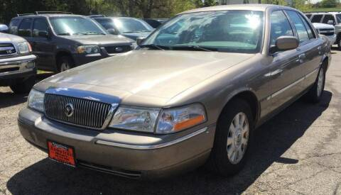 2004 Mercury Grand Marquis for sale at Knowlton Motors, Inc. in Freeport IL