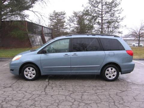 2007 Toyota Sienna for sale at County Auto Network in Ballwin MO