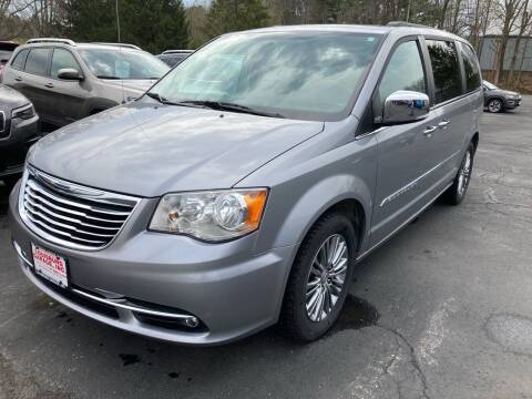 2014 Chrysler Town and Country for sale at Louisburg Garage, Inc. in Cuba City WI