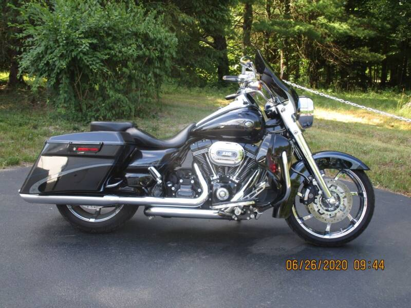 2013 Harley-Davidson Road King CVO Anniversary for sale at R & R AUTO SALES in Poughkeepsie NY