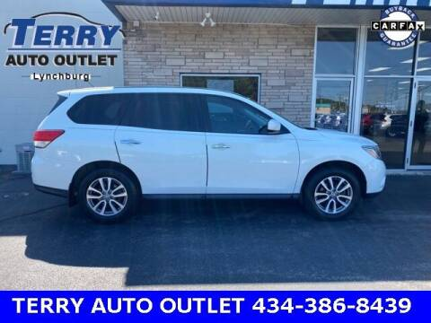 2014 Nissan Pathfinder for sale at Terry Auto Outlet in Lynchburg VA