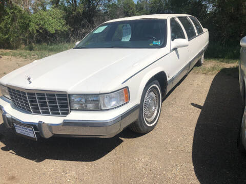 1996 Cadillac Fleetwood for sale at BARNES AUTO SALES in Mandan ND