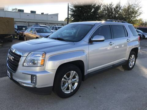 2017 GMC Terrain for sale at AMIGO USED CARS in Houston TX