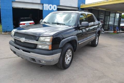 2003 Chevrolet Avalanche for sale at Preferable Auto LLC in Houston TX