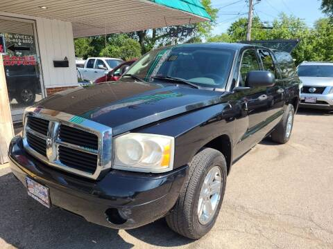2007 Dodge Dakota for sale at New Wheels in Glendale Heights IL