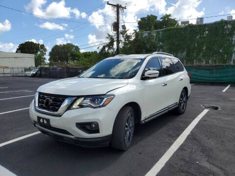 2018 Nissan Pathfinder for sale at Eden Cars Inc in Hollywood FL