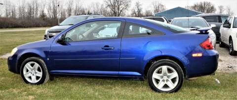 2007 Pontiac G5 for sale at PINNACLE ROAD AUTOMOTIVE LLC in Moraine OH