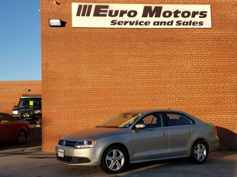 2013 Volkswagen Jetta for sale at Euro Motors LLC in Raleigh NC