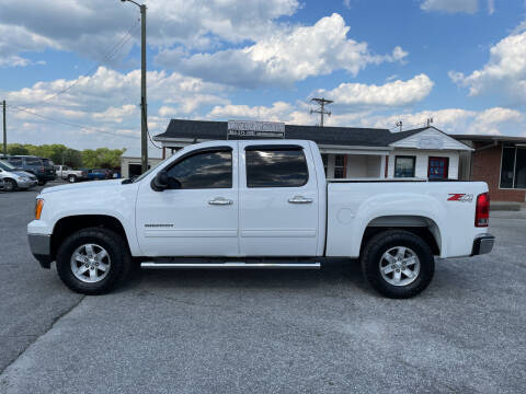 2013 GMC Sierra 1500 for sale at TAVERN MOTORS in Laurens SC