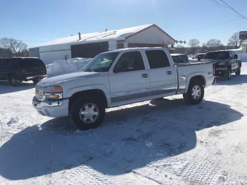 2005 GMC Sierra 1500 for sale at BLAESER AUTO LLC in Chippewa Falls WI