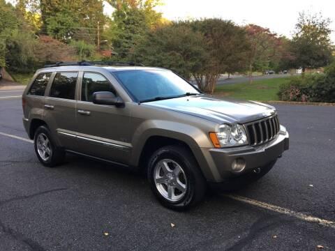 2006 Jeep Grand Cherokee for sale at Car World Inc in Arlington VA