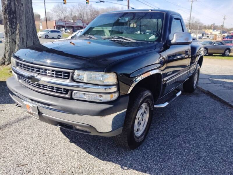 2000 Chevrolet Silverado 1500 for sale at Ray Moore Auto Sales in Graham NC