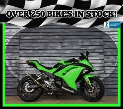 2015 Kawasaki Ninja 300 for sale at Motomaxcycles.com in Mesa AZ