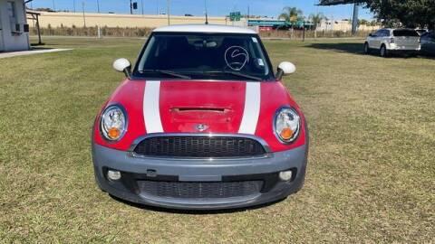 2009 MINI Cooper for sale at AM Auto Sales in Orlando FL