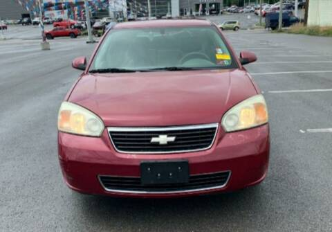 2006 Chevrolet Malibu Maxx for sale at BSA Pre-Owned Autos LLC in Hinton WV