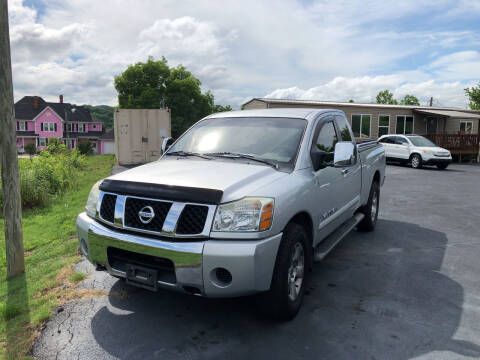 2005 Nissan Titan for sale at Sevierville Autobrokers LLC in Sevierville TN