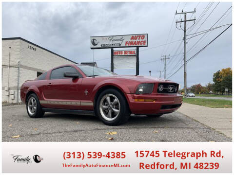 2006 Ford Mustang for sale at The Family Auto Finance in Redford MI