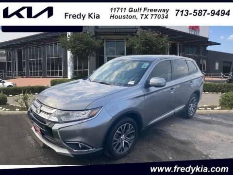 2017 Mitsubishi Outlander for sale at FREDY KIA USED CARS in Houston TX