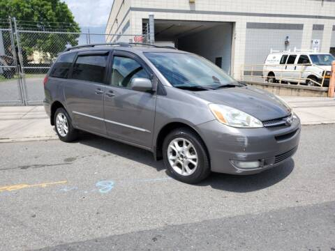 2005 Toyota Sienna for sale at O A Auto Sale in Paterson NJ