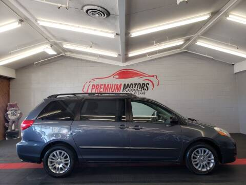 2010 Toyota Sienna for sale at Premium Motors in Villa Park IL