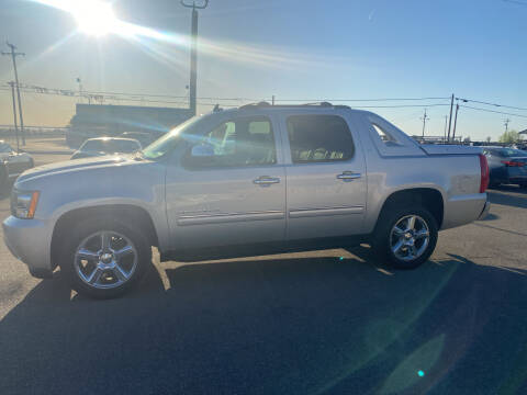 2011 Chevrolet Avalanche for sale at First Choice Auto Sales in Bakersfield CA