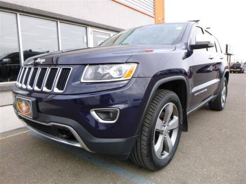 2016 Jeep Grand Cherokee for sale at Torgerson Auto Center in Bismarck ND