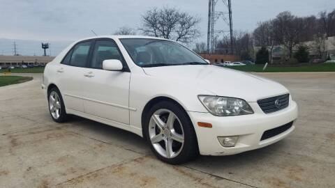 2001 Lexus IS 300 for sale at Lease Car Sales 3 in Warrensville Heights OH